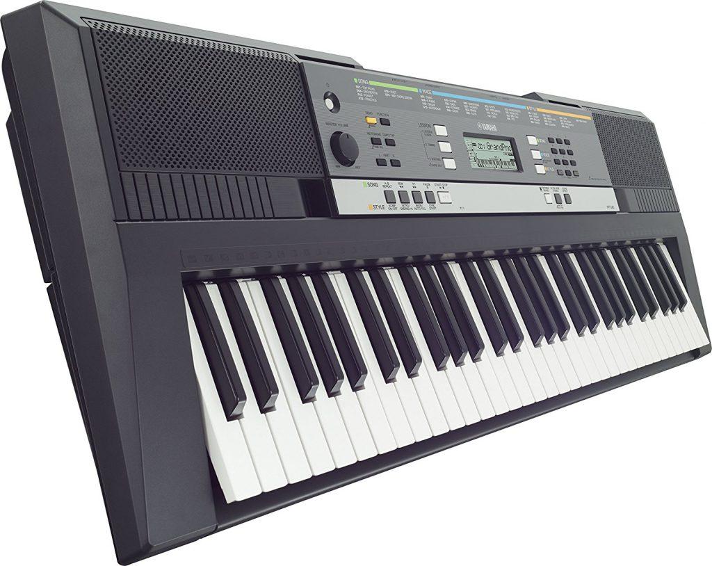 Yamaha YPT-240 Electronic Keyboard
